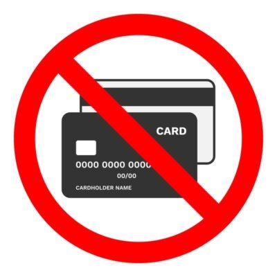 カード不可